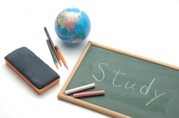 わが家の中学生が勉強しない…自ら勉強させた2つのステップ